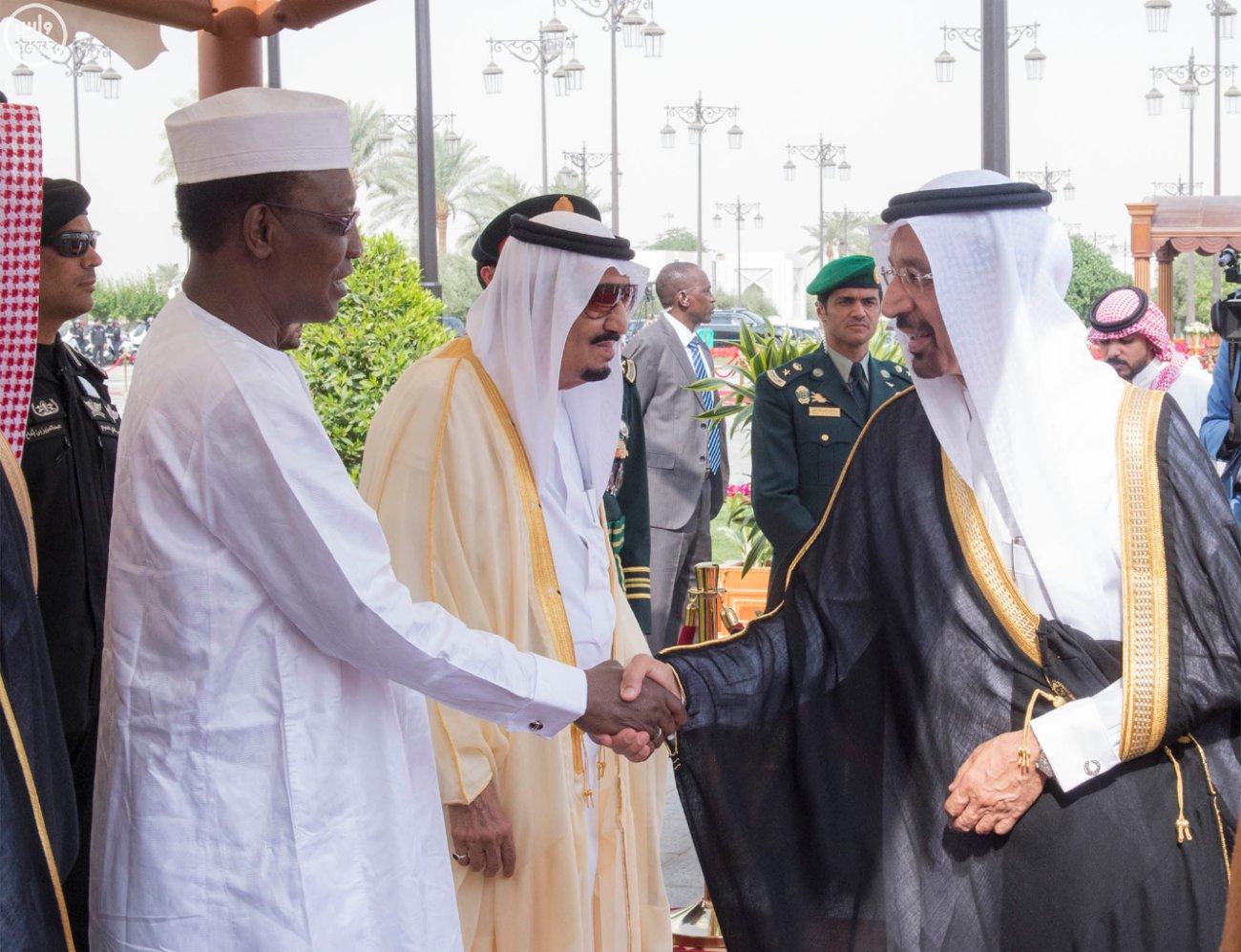 خادم الحرمين الشريفين يستقبل فخامة رئيس جمهورية تشاد 1