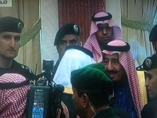 خادم الحرمين الشريفين يصل الآن إلى مجلس الشورى (4)