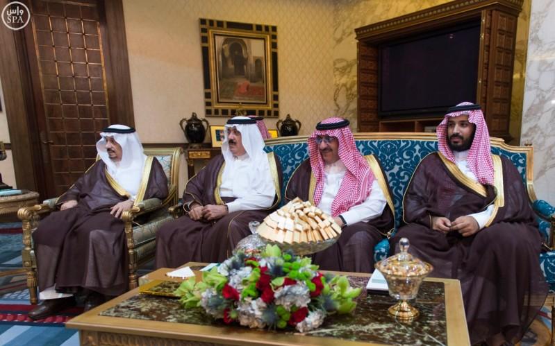 خادم الحرمين الشريفين يعقد جلسة مباحثات مع رئيس الوزراء الفرنسي (واس) 29-12-1436 هـ 4
