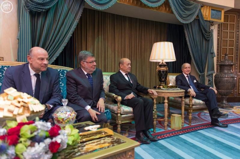 خادم الحرمين الشريفين يعقد جلسة مباحثات مع رئيس الوزراء الفرنسي (واس) 29-12-1436 هـ 5