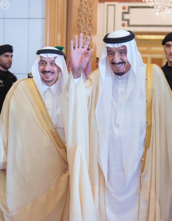 خادم الحرمين الشريفين يعقد جلسة مباحثات مع رئيس جمهورية تشاد.3