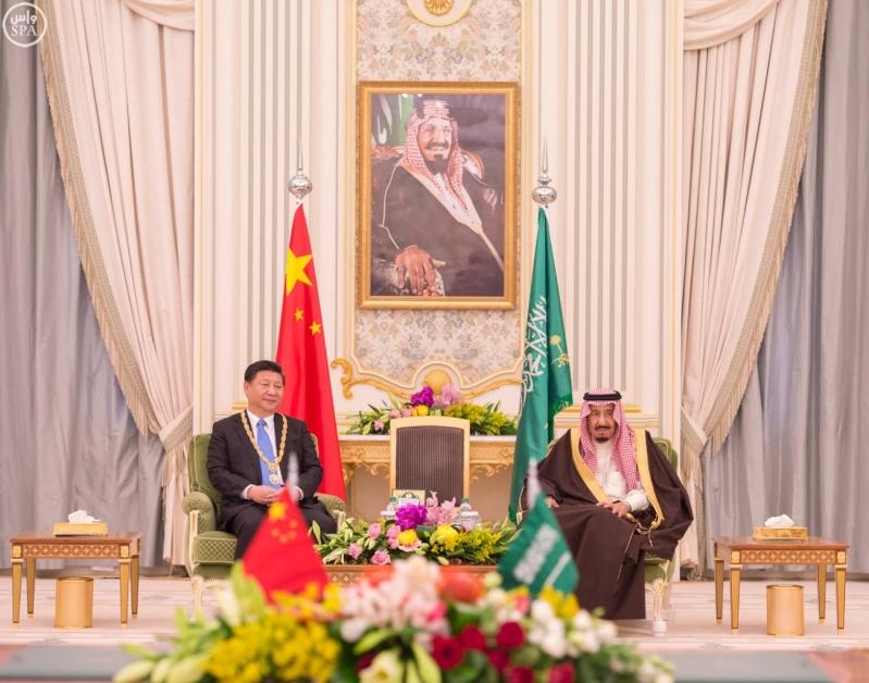 خادم الحرمين الشريفين يعقد جلسة مباحثات مع فخامة الرئيس الصيني12
