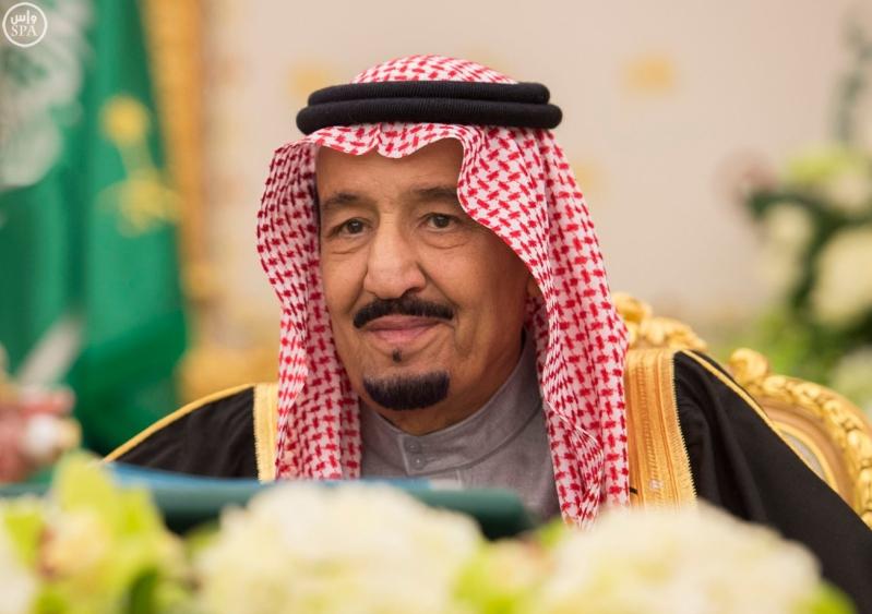 خادم الحرمين يرأس مجلس الوزراء1