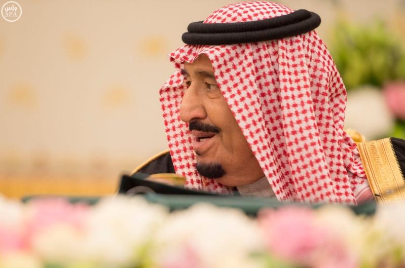 خادم الحرمين يرأس مجلس الوزراء3