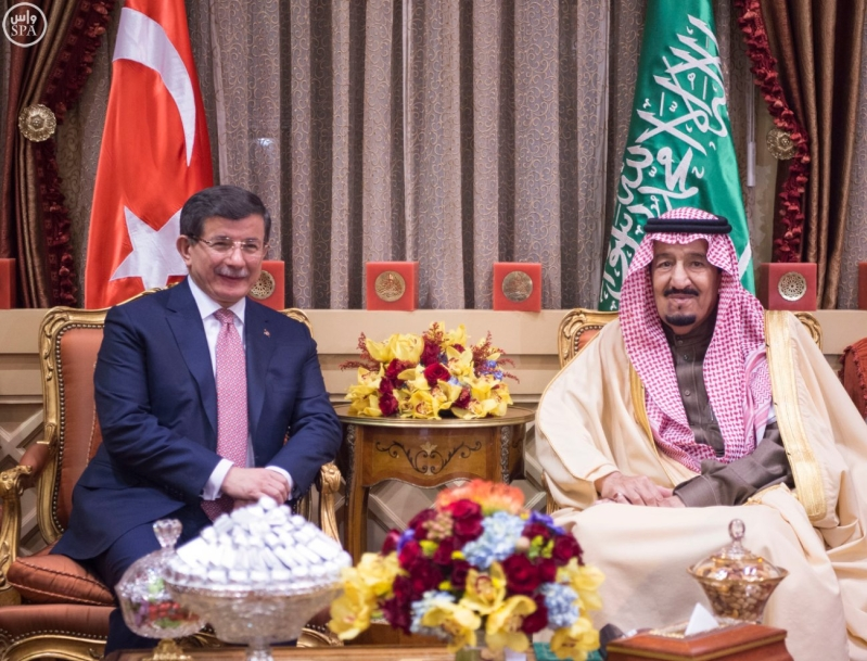 خادم الحرمين يستقبل رئيس وزراء تركيا1