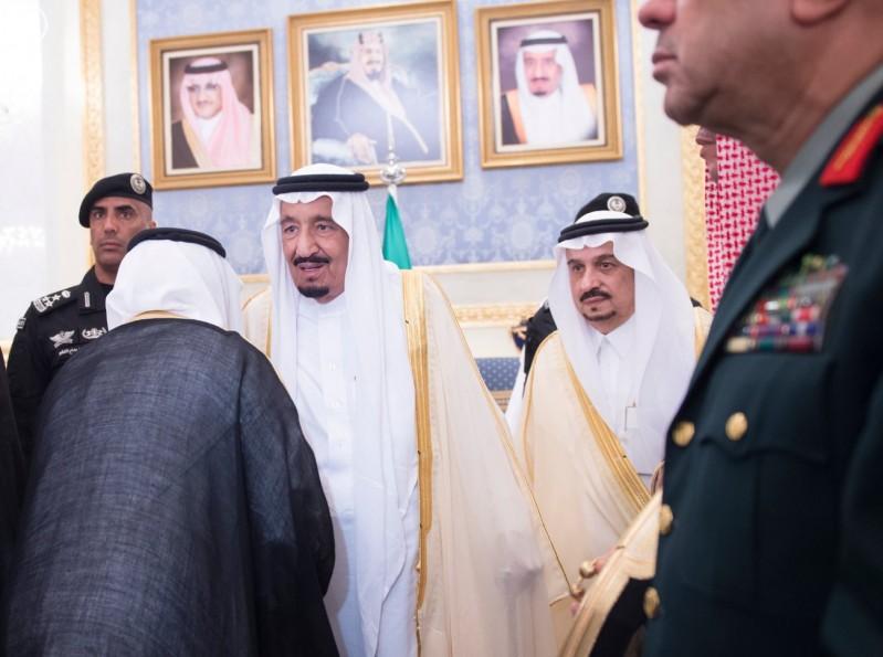 خادم الحرمين يصل الرياض (4)