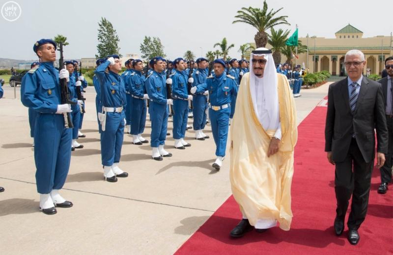 خادم الحرمين يصل الى جدة  (34669070) 