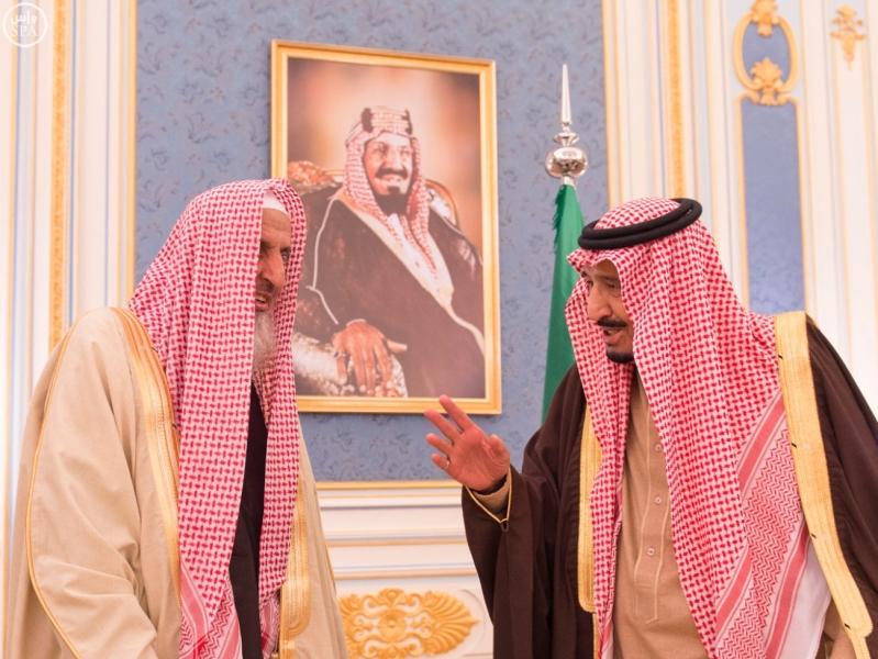 خاد م الحرمين يستقبل أصحاب السمو الأمراء ومفتي عام المملكة1