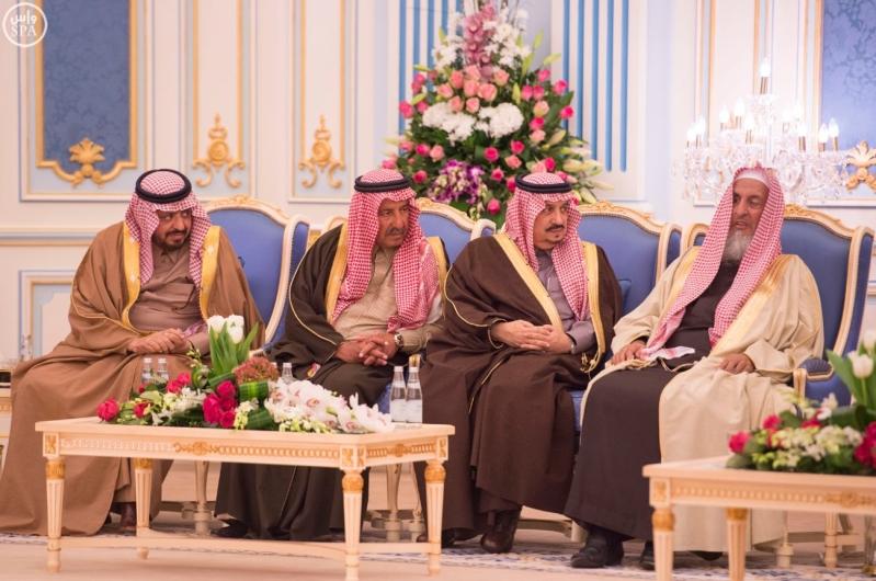 خاد م الحرمين يستقبل أصحاب السمو الأمراء ومفتي عام المملكة12