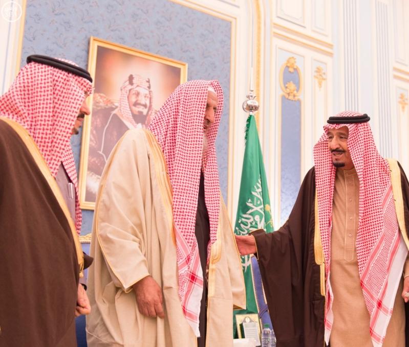 خاد م الحرمين يستقبل أصحاب السمو الأمراء ومفتي عام المملكة2