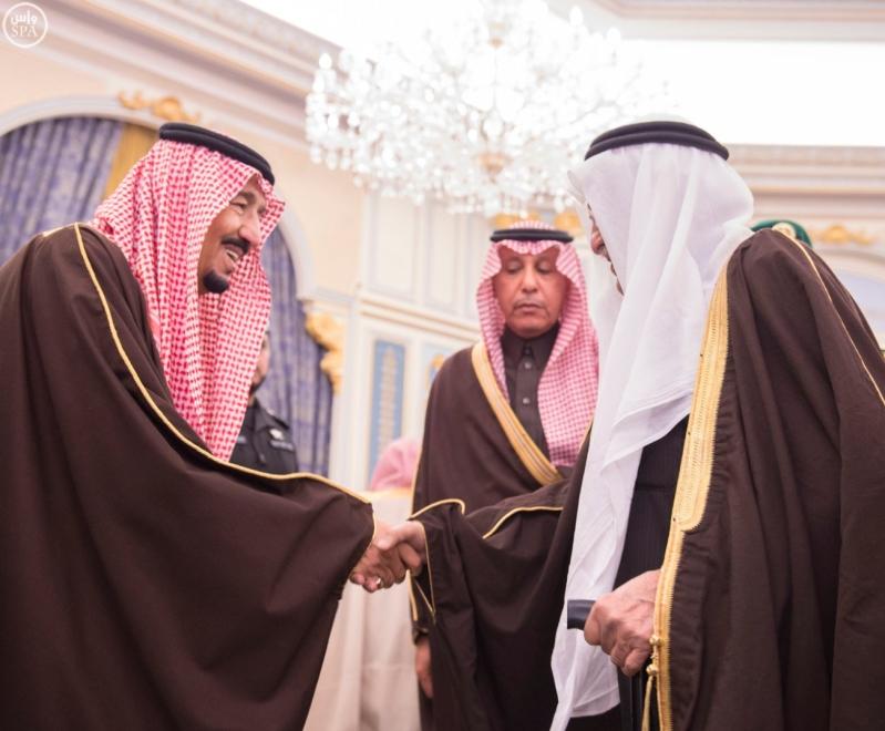 خاد م الحرمين يستقبل أصحاب السمو الأمراء ومفتي عام المملكة5