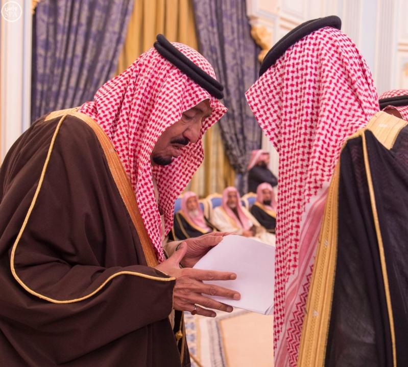 خاد م الحرمين يستقبل أصحاب السمو الأمراء ومفتي عام المملكة7