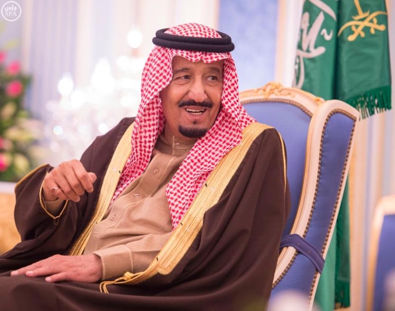 خاد م الحرمين يستقبل أصحاب السمو الأمراء ومفتي عام المملكة8