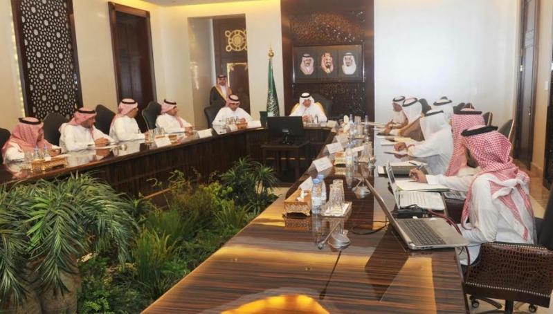 خالد الفيصل اجتماع