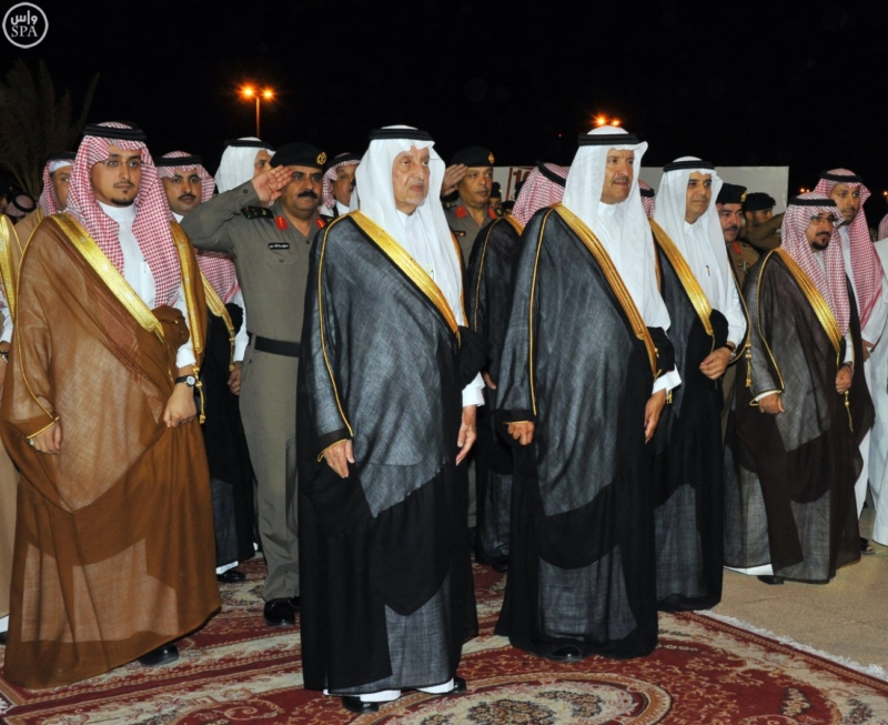 خالد الفيصل يفتتح سوق عكاظ (34931201) 