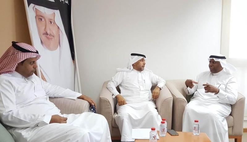 خالد بن أحمد الفريدة مع عبدالله بن علي المري