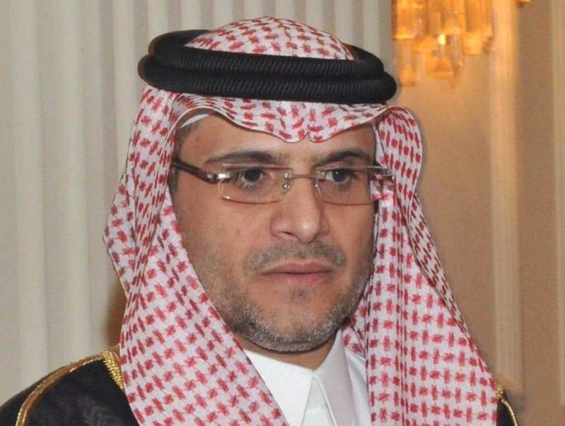 خالد بن ابراهيم الدخيل مدير ادارة المشتريات والعقود بوزارة الشؤون الاسلامية