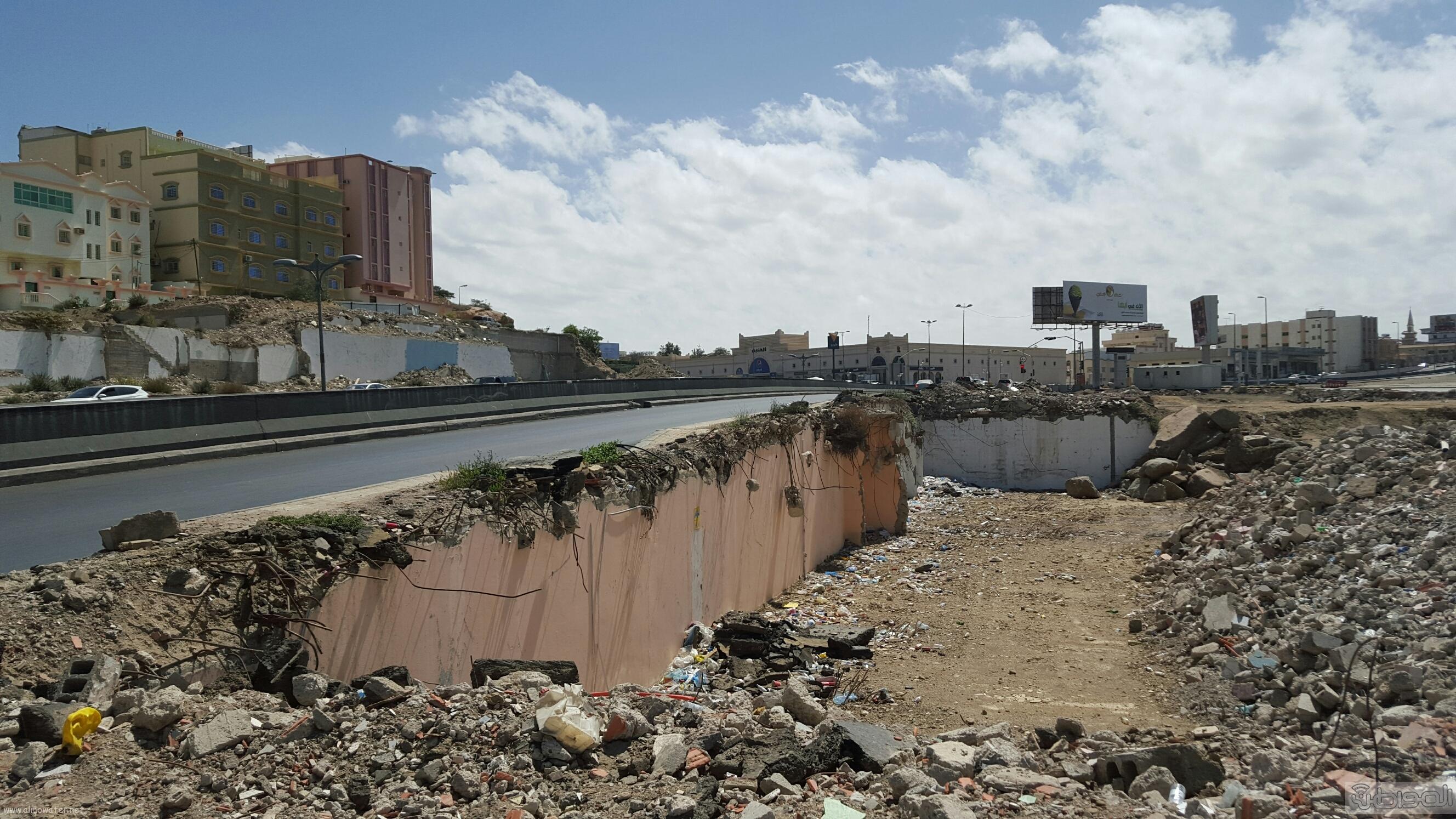 خطر امتداد طريق الملك عبدالعزيز الحزام الدائري بمدينة ابها (1)