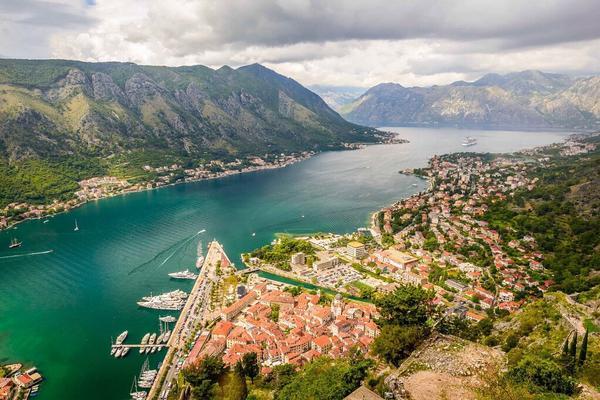 خليج كوتور - الجبل الأسود