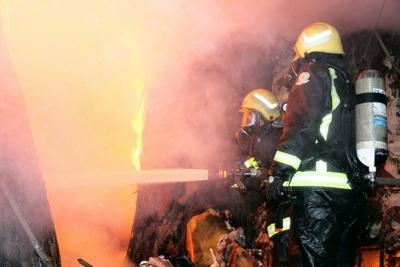 خماد حريق محلات الآثاث1