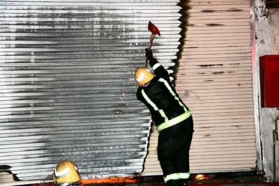 خماد حريق محلات الآثاث14