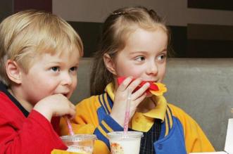 خمسة عادات سيئة تجنبها بعد الأكل - المواطن