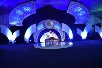 مسرح خيمة أبها السابعة يمتلئ لحضور أمسية المنشد موسى العميرة