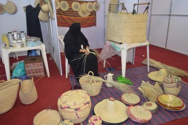 خيمة قرية مهرجان محايل (1)