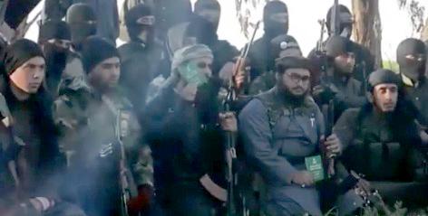 داعشيون يحرقون الجوازات السعودية ويعلنون إحراق الحدود