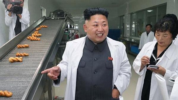 دكتاتور كوريا يأمر جائعيها بقتل الكلاب وأكل لحومها