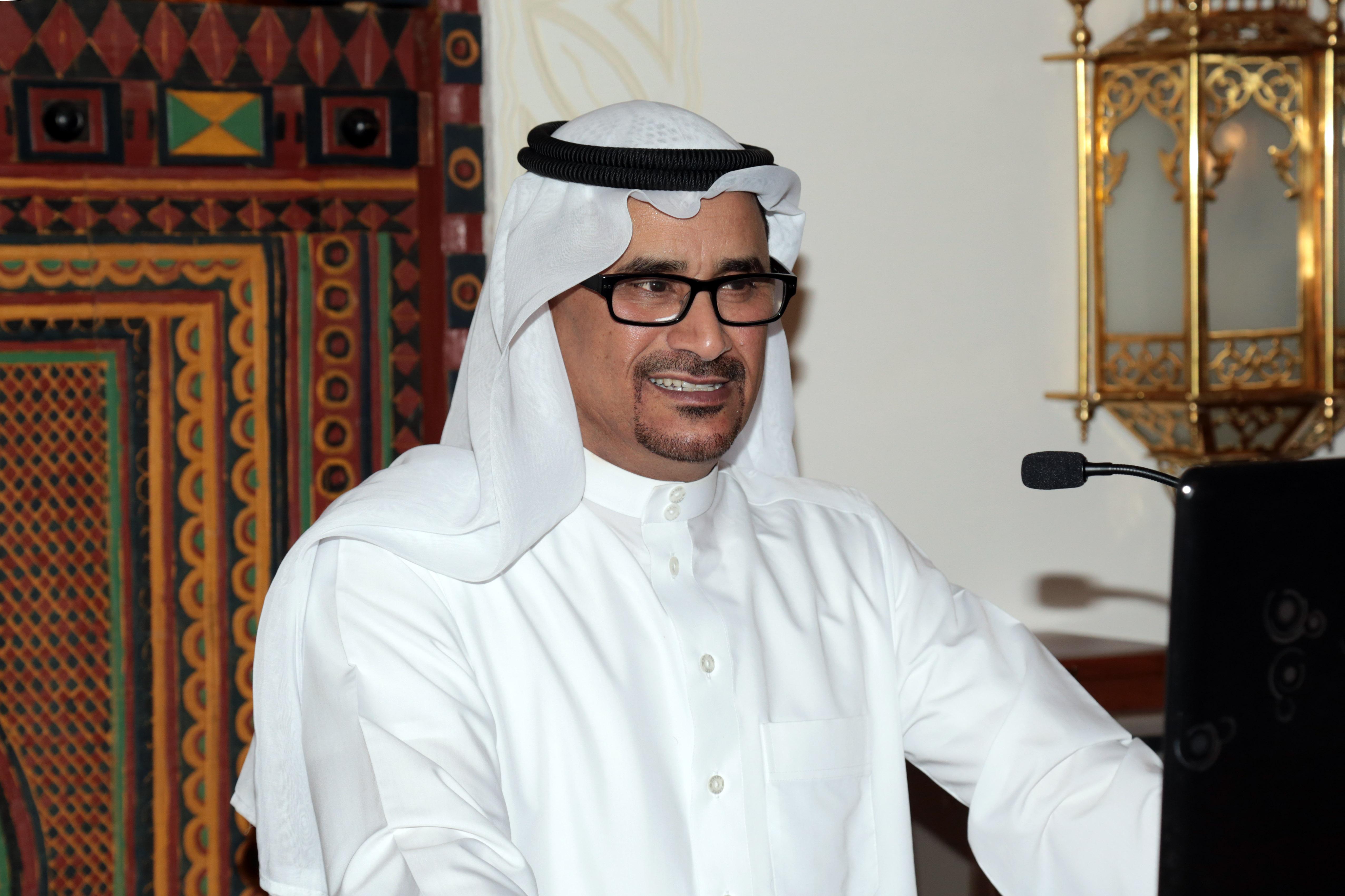 متخصص بالطب المهني: آلام الظهر.. ذريعة السعوديين للحصول على إجازة! - المواطن