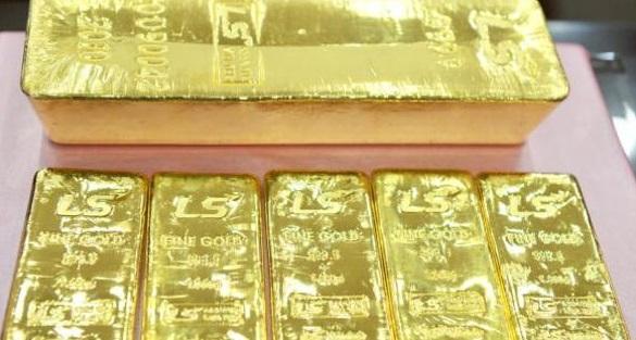طهران تسترد 13 طناً من الذهب المجمد تحت وطأة العقوبات - المواطن