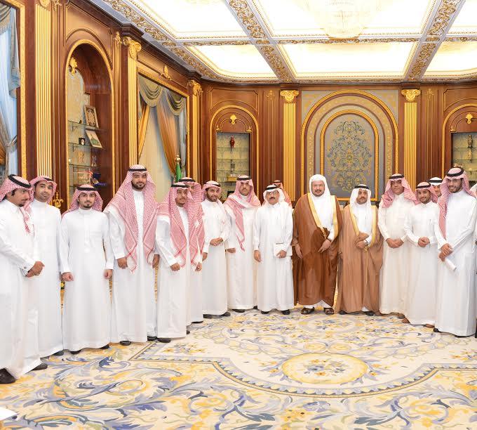 رئيس الشورى مع ناشطي شبكات التواصل