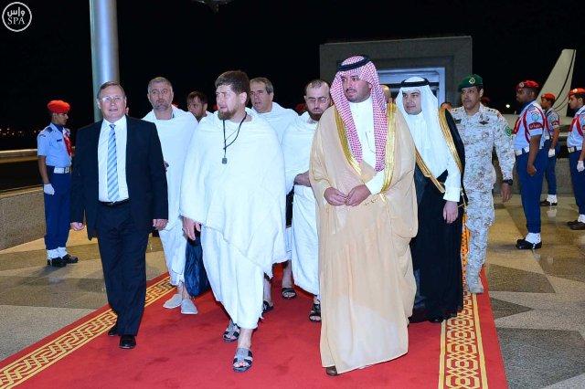 رئيس-الشيشان-يصل-جدة (1)