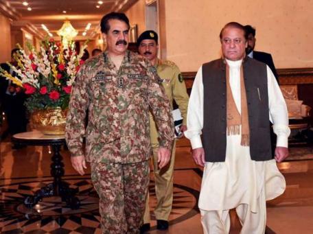 رئيس الوزراء الباكستاني نواز شريف وقائد الجيش رحيل شريف