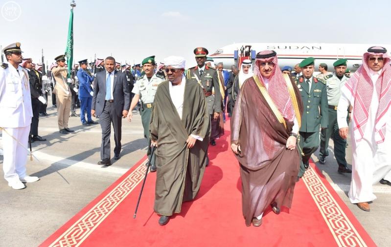رئيس جمهورية السودان يصل إلى الرياض