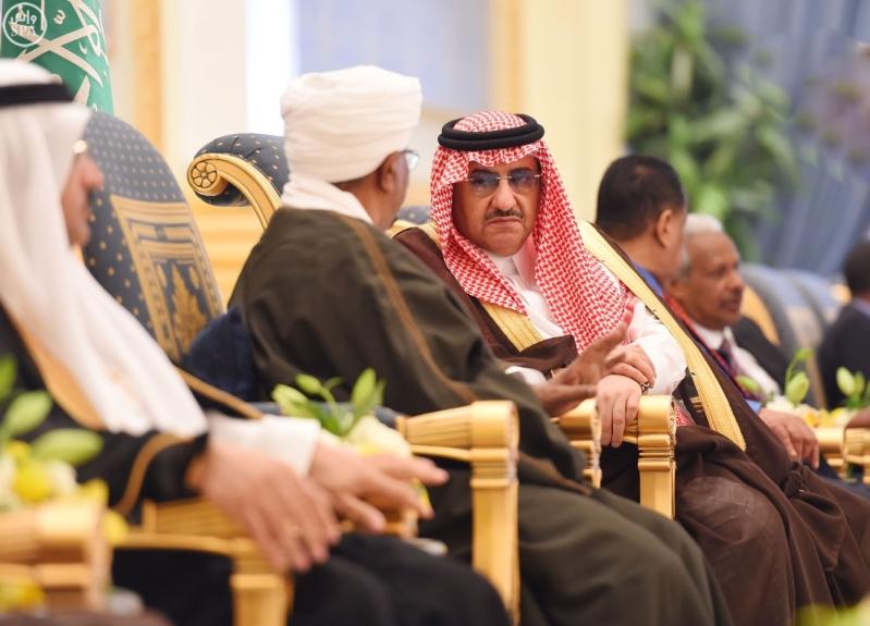 رئيس جمهورية السودان يصل إلى الرياض5