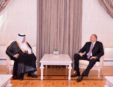 رئيس دولة اذربيجان يستقبل وزير الاعلام.JPG1