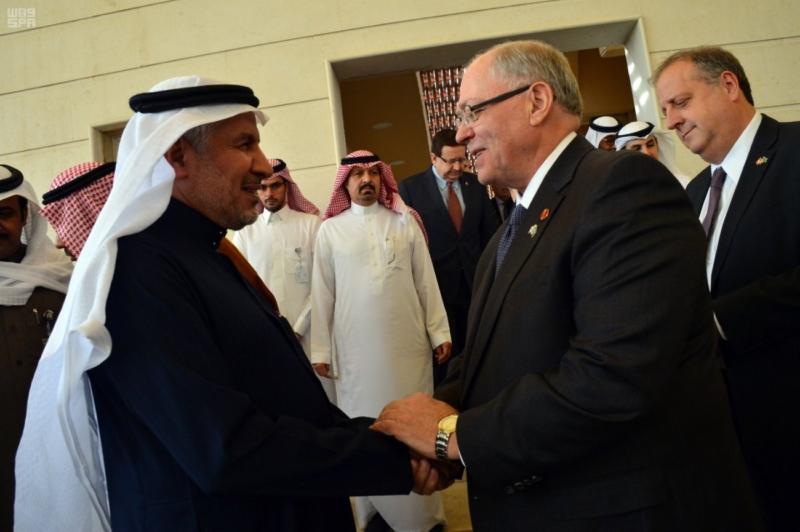 رئيس مجلس الشيوخ الكندي يطلع على 172 مشروعا لمركز الملك سلمان للإغاثة 1