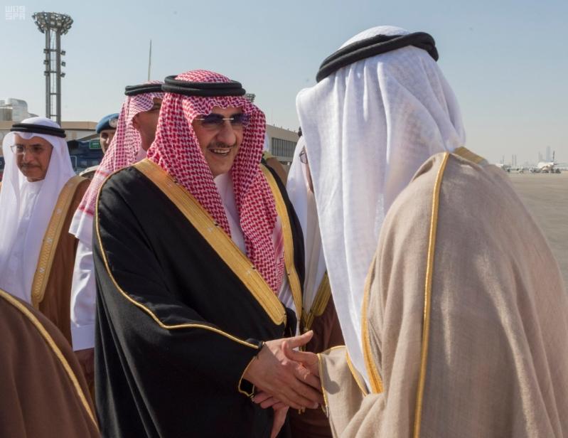 رئيس وزراء البحرين يصل إلى الرياض 3