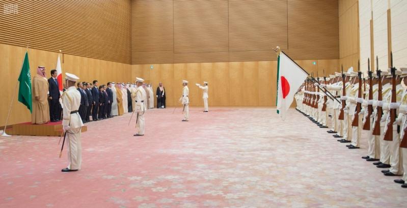 رئيس وزراء اليابان يستقبل ولي ولي العهد 5