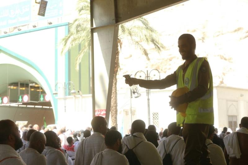 رجال الأمن في خدمة ضيوف الرحمن17