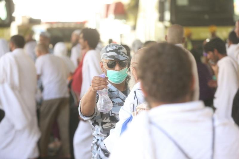 رجال الأمن في خدمة ضيوف الرحمن3