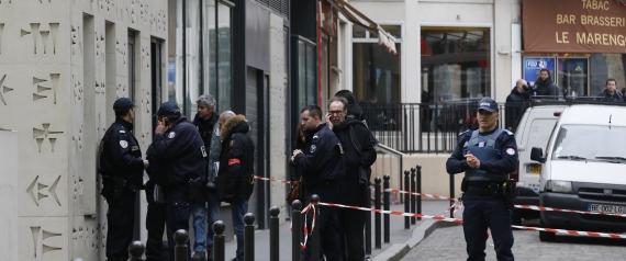 رجل-يطعن-مدرس-بضاوحي-باريس-من-داعش