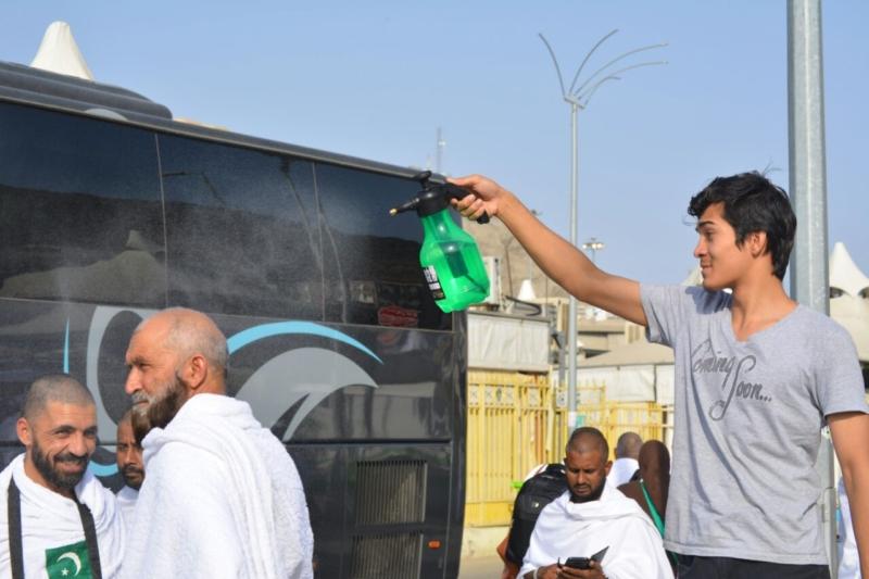 رحلة ضيوف الرحمن من مكة إلى مشعر منى فجر اليوم (313412378) 