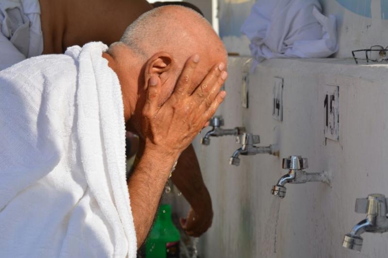 رحلة ضيوف الرحمن من مكة إلى مشعر منى فجر اليوم (313412383) 