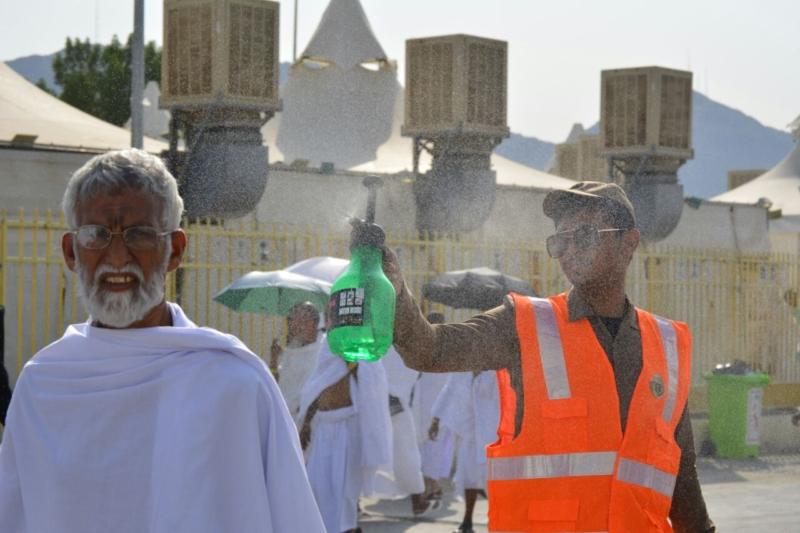 رحلة ضيوف الرحمن من مكة إلى مشعر منى فجر اليوم (313412386) 