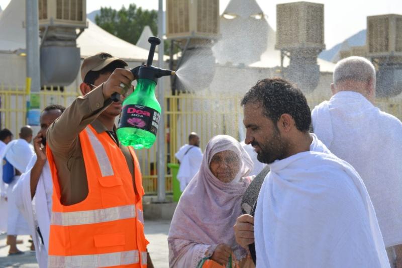 رحلة ضيوف الرحمن من مكة إلى مشعر منى فجر اليوم (313412389) 