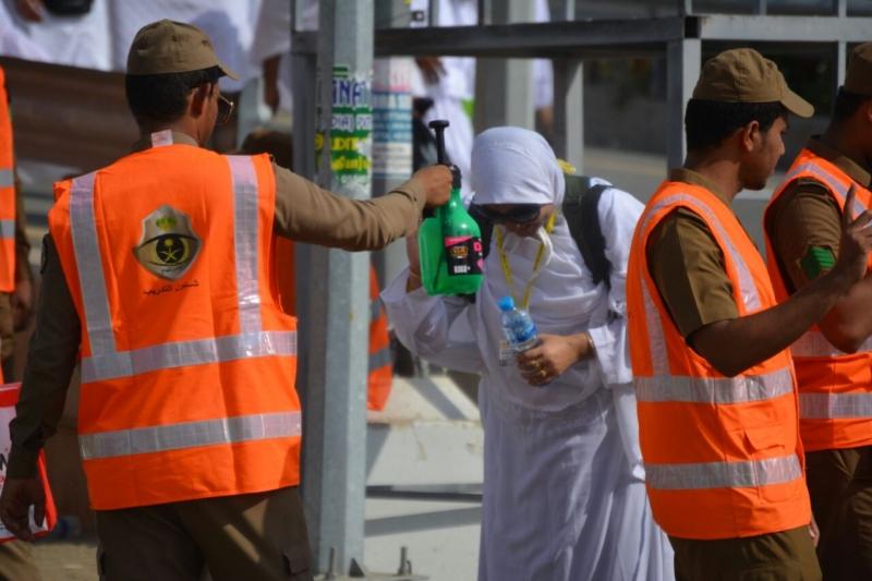 رحلة ضيوف الرحمن من مكة إلى مشعر منى فجر اليوم (313412400) 