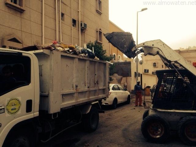 رفع-النفايات-بمطار-جازان (2)